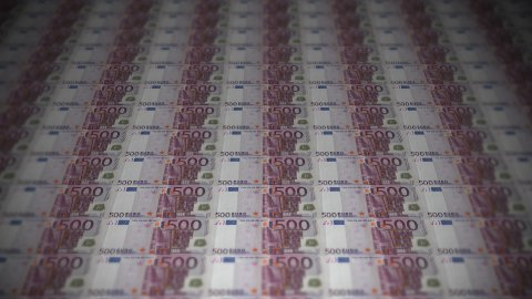 500 euros travelling 02 - stock footage