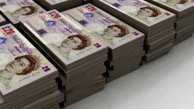 Stacks of £20 banknote (loop) - editable clip, motion graphic, stock footage