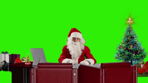 Santa Claus talking, Green Screen - stock footage