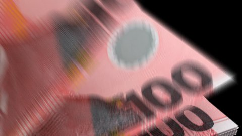 Counting New Zealand Dollar - stock footage