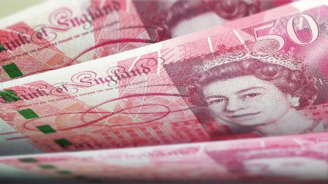 Cash counting. British Pound Sterling banknotes. Easy to loop. - stock footage