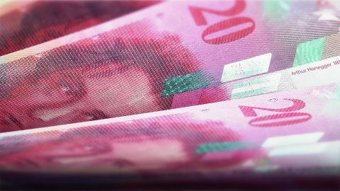 Cash counting. Swiss francs (CHF) banknotes. Easy to loop. - stock footage